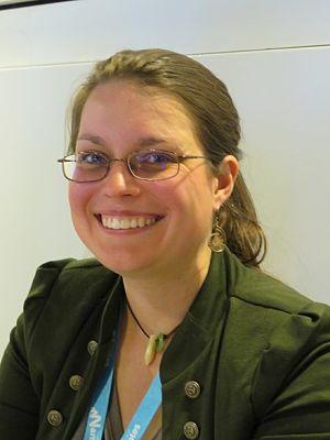 Becky Chambers autora de el largo viaje a un pequeño planeta iracundo