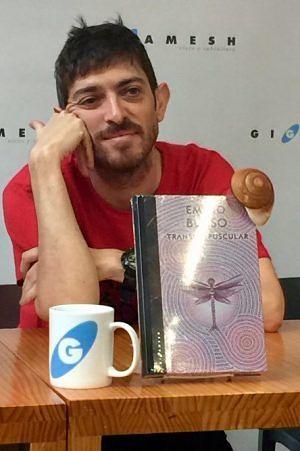 Emilio Bueso escritores famosos españoles actuales