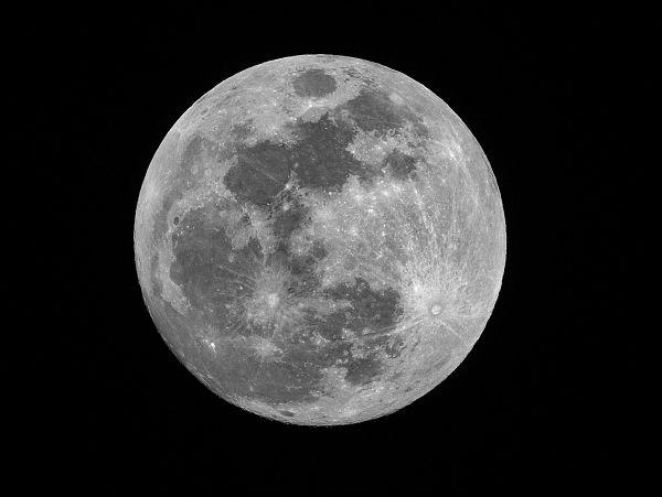 La importancia de las historias de la luna